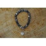 Agate charm stretch bracelet in the style of Tomas sabo