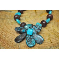Handcrafted Blue Lace Agate flower necklace